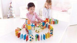 مزایای استفاده از اسباب بازی چوبی