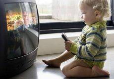 تاثیر تلویزیون بر هوش کودک