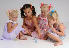 عوارض لاک زدن برای کودکان
